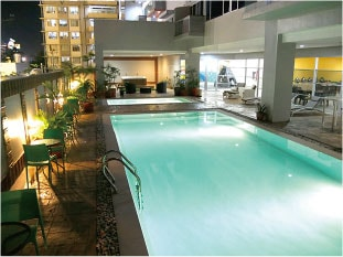セブ島のアリシアアパーテルのプール