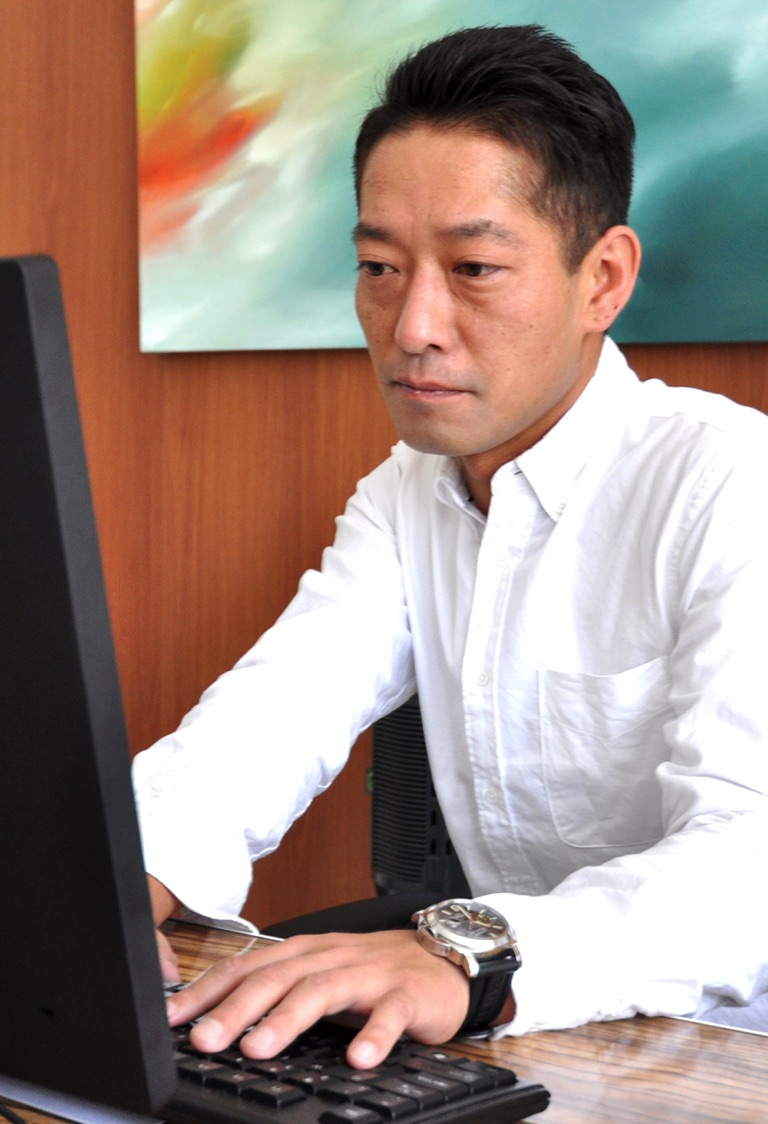 代表 Toshinori Sakai